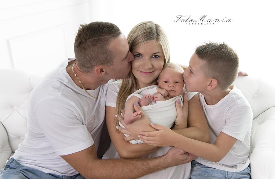 Rodzinna sesja noworodkowa na Śląsku – czyli sesja zdjęciowa w Zbrosławicach